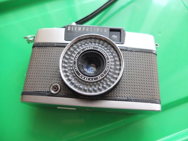 OLYMPUS PEN買いました♪ EE-2という1968年生まれのフィルムカメラ