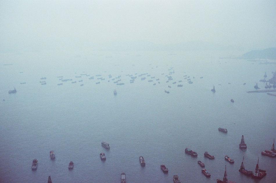 Olympus_OM-1_×_Kodak_SUPERGOLD400_in香港_ICC_SKY100_船いっぱい