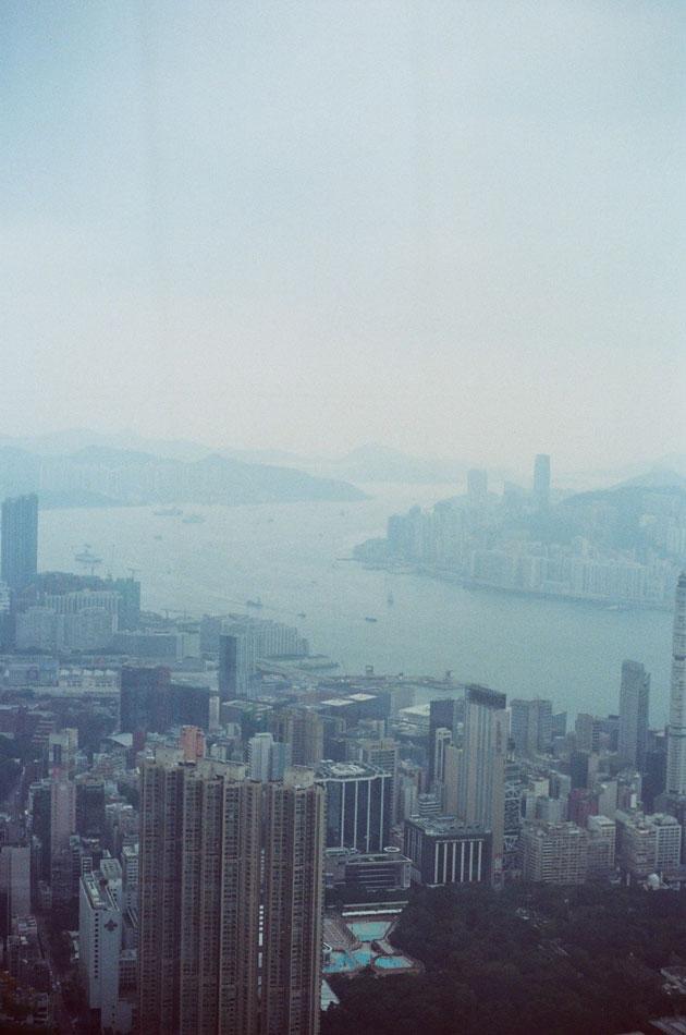 Olympus_OM-1_×_Kodak_SUPERGOLD400_in香港_ICC_SKY100_ビクトリアハーバー